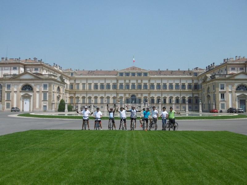Arrivo a Monza. La Villa Reale