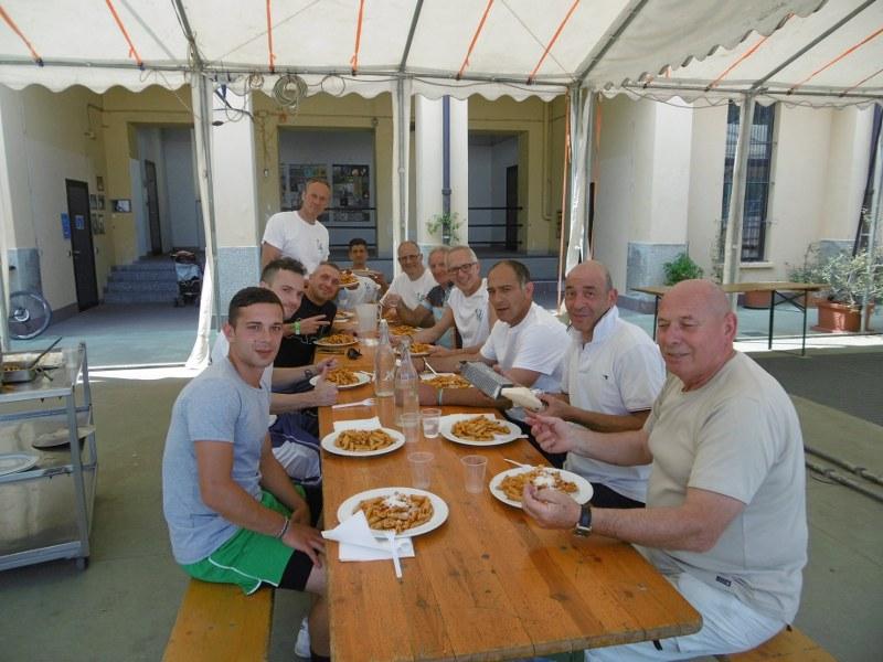 Accoglienza e pranzo all'Associazione Antonia Vita di Monza.